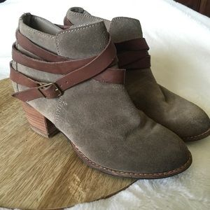 Dolce Vita Java Bootie Ankle Boot Size 6.5